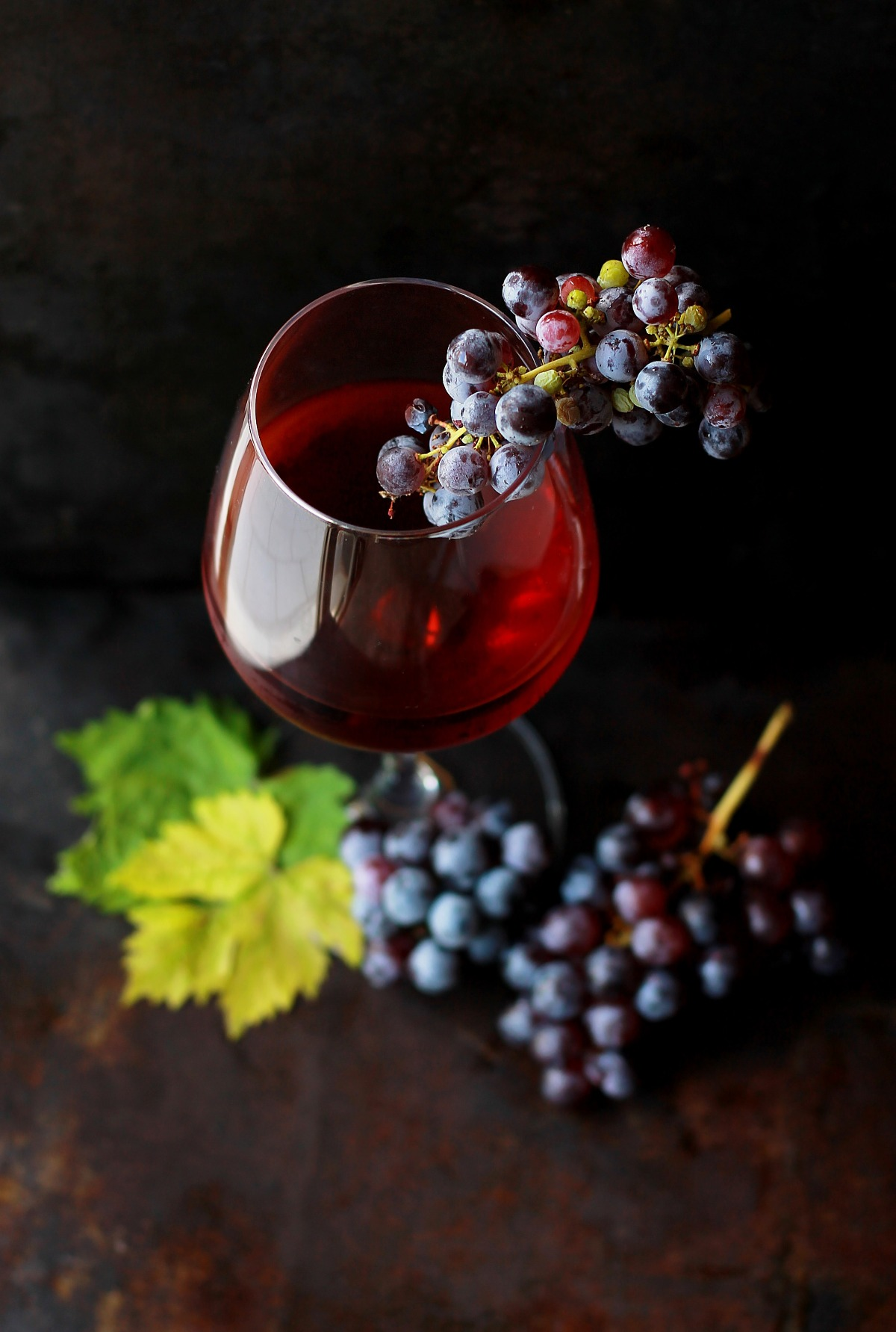 wine-and-grapes.jpg