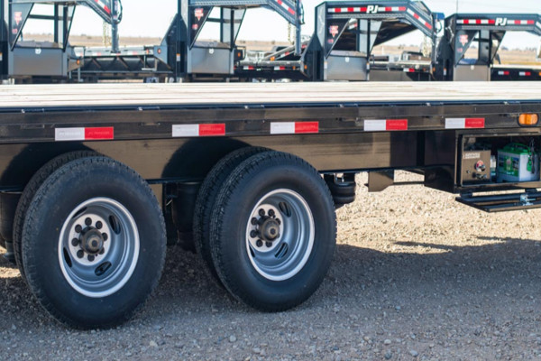 Trailer Axles and Suspension - Hitch Experts specializes in both sprung and torsion axles that are manufactured locally, or built by Dexter. From 2,000 lbs to 27,000 lbs we're here to help you find the right axle for your trailer. We also supply and replace leaf spring components keeping your trailer running smoothly and safely.With quick turnaround times, and same-day inspections, we're happy to get your trailer back on the road as quickly as possible.