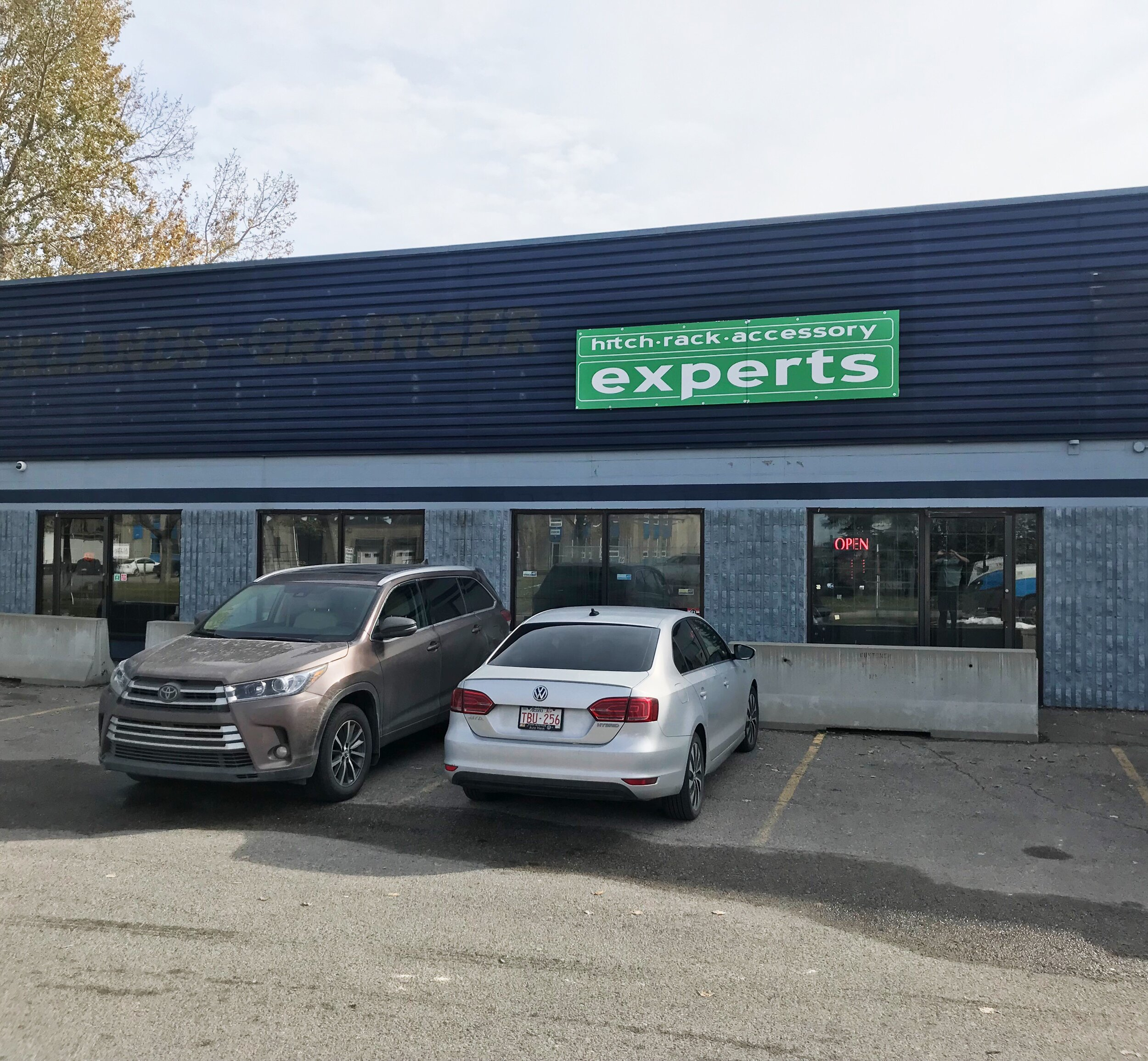 Hitch Experts Shop Calgary