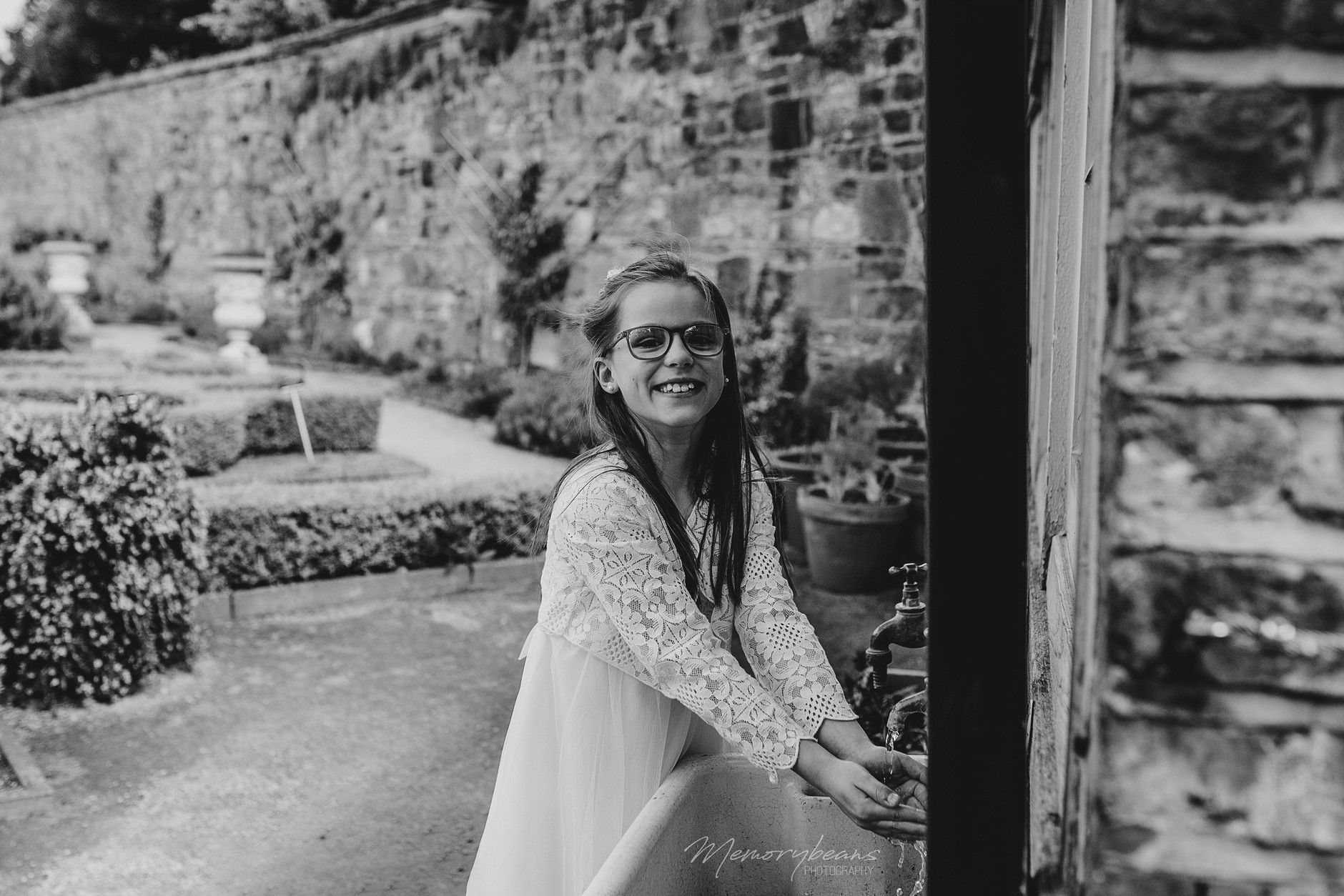 fun-natural-outdoor-lifestyle-communion-portraits-dublin-0020.jpg