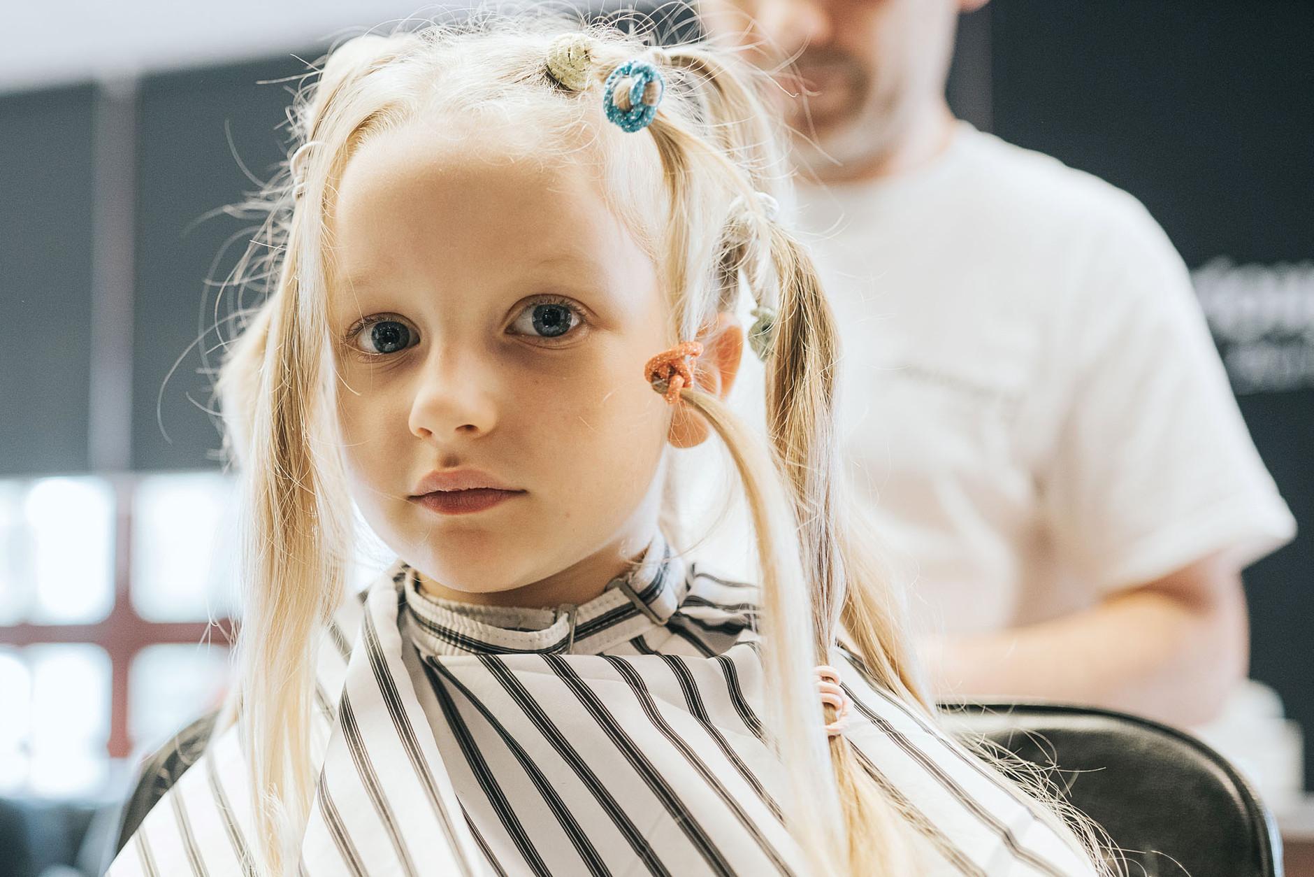 dublin-documentary-family-photography-finn-haircut-0012.jpg