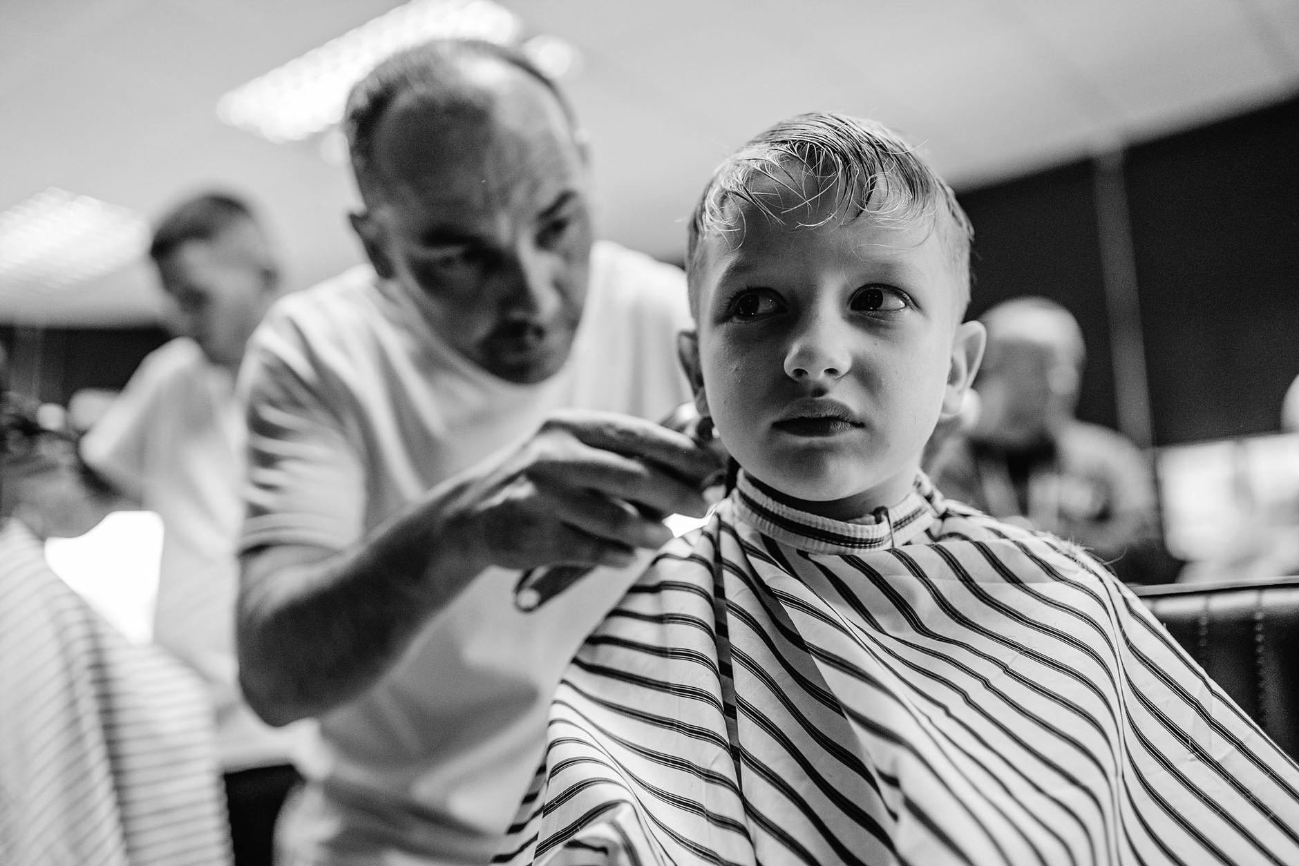 dublin-documentary-family-photography-finn-haircut-0030.jpg