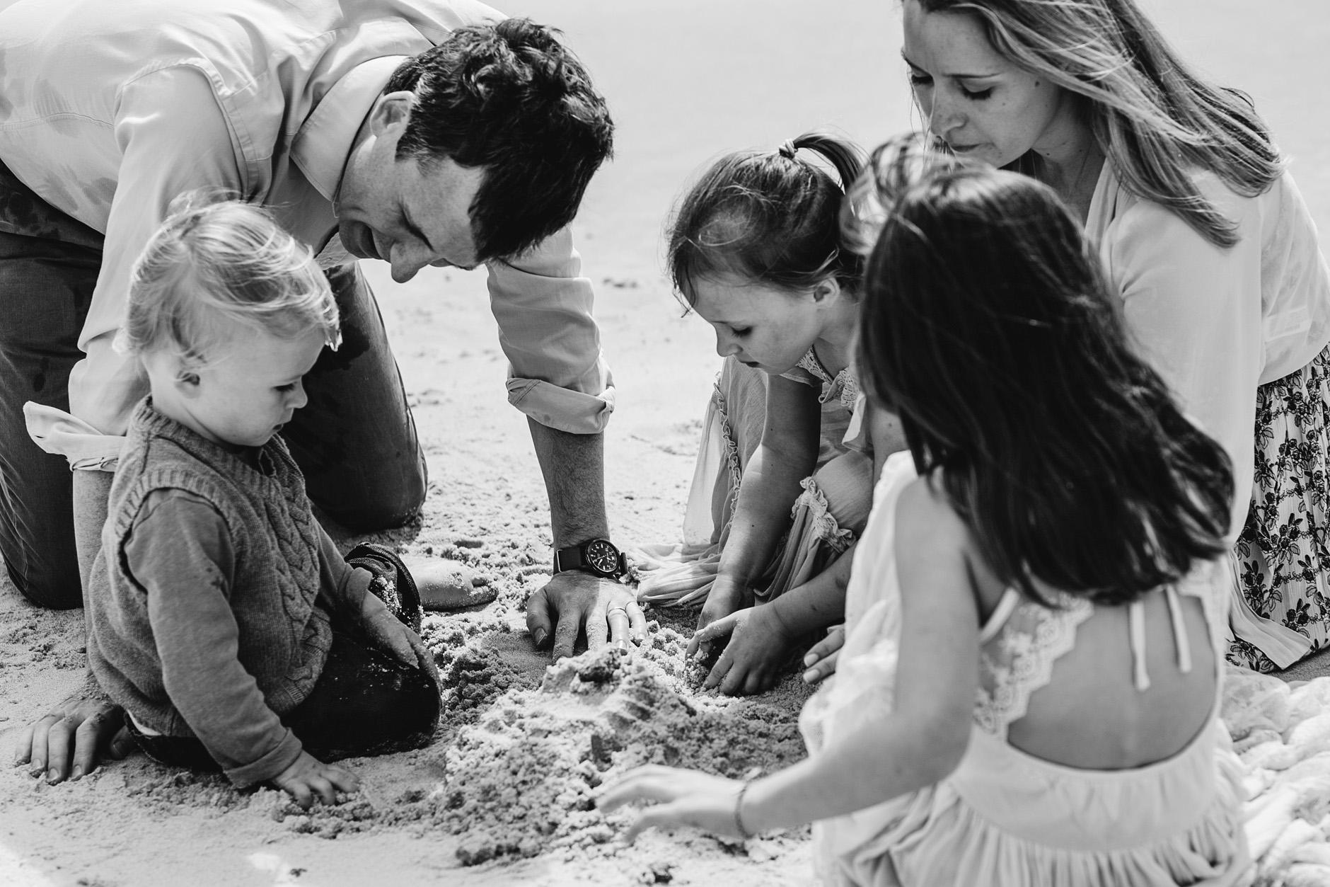 stunning-beach-family-vacation-photoshoot-achill-island-ireland-0015.jpg