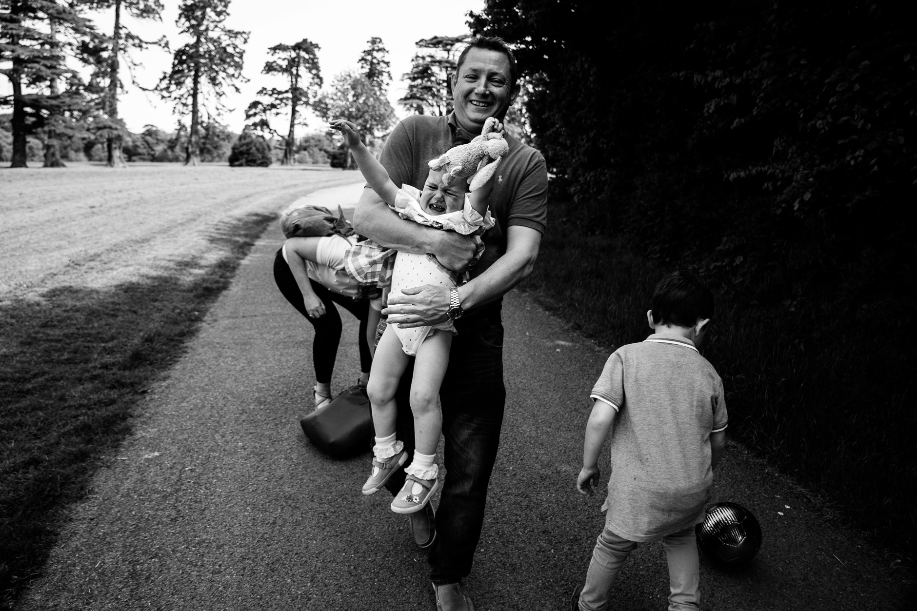 candid-natural-children-family-photographer-dublin-0072.jpg