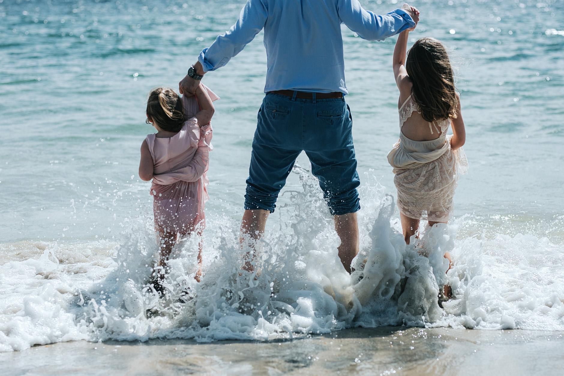 stunning-beach-family-vacation-photoshoot-achill-island-ireland-0011.jpg