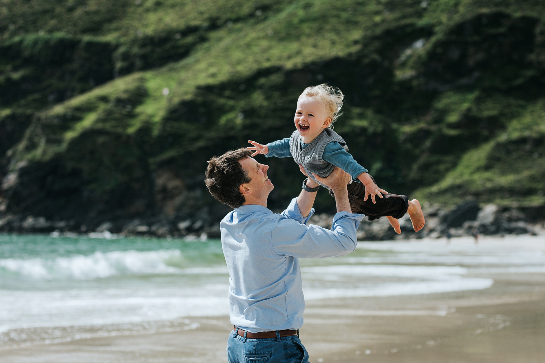 stunning-beach-family-vacation-photoshoot-achill-island-ireland-0012.jpg