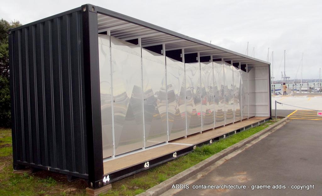 lockers (2).JPG