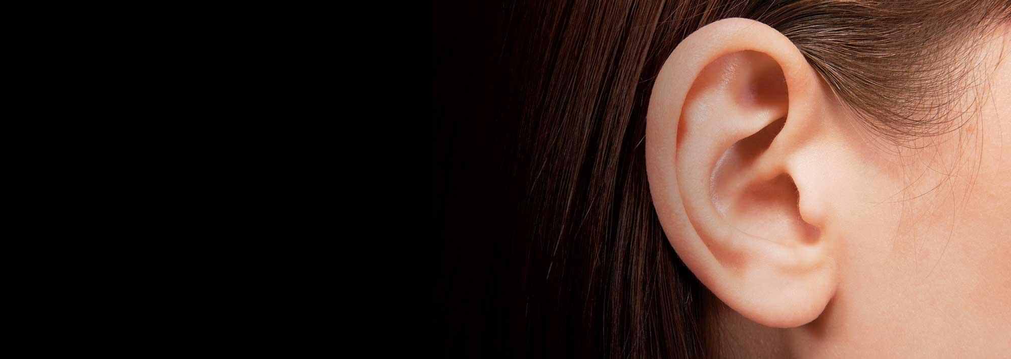 otowel-saude-ouvidos-orelha-mulher.jpg