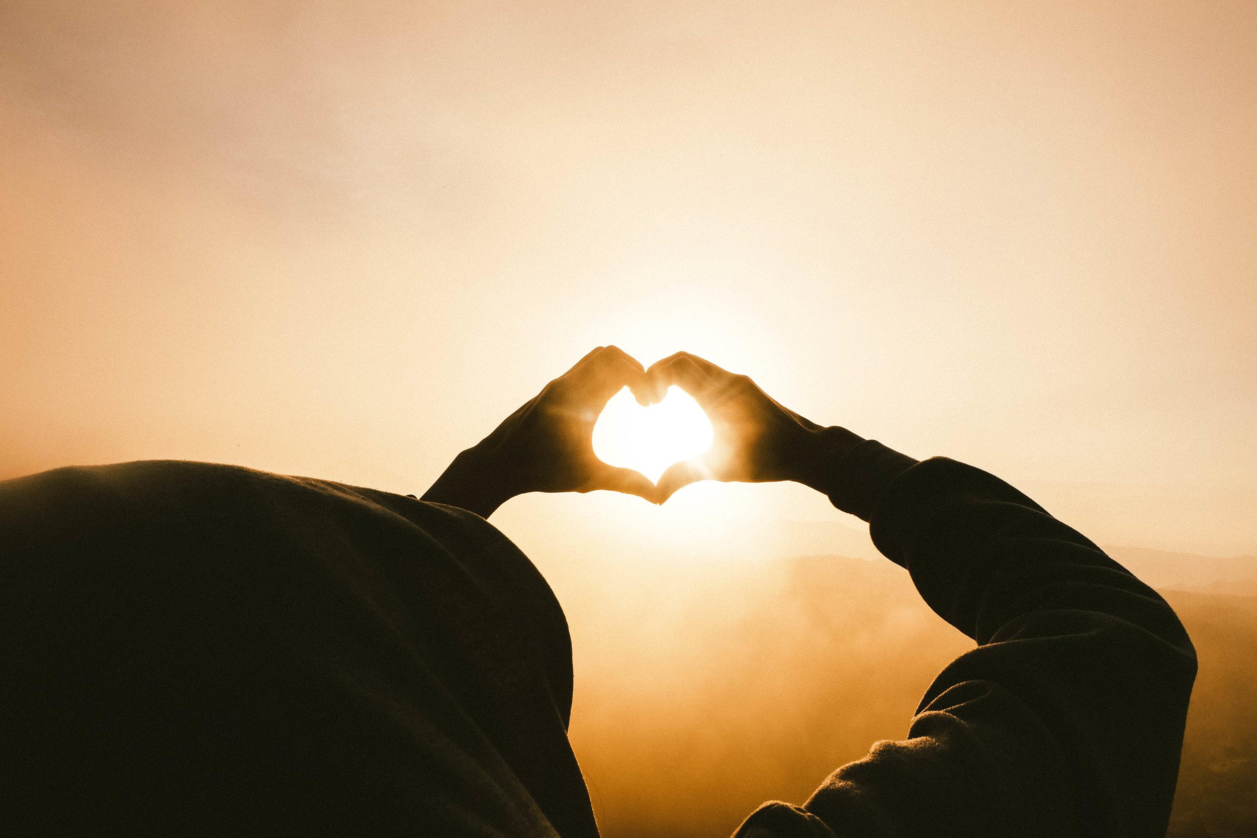 compassion - En développant la compassion, nous découvrons un amour sain, dans lequel nous pouvons puiser pour soulager la souffrance des autres.
