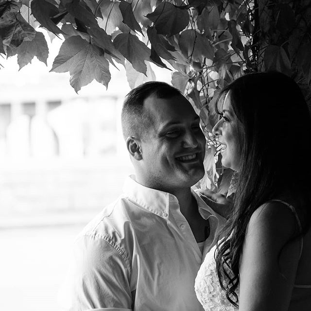 We had a great time exploring the little nooks around Niagara together. Angela and DJ were such a nice couple to work with! Congratulations you two! 💍 😊 💑 #FumioWeddings #WedWed #WeddingNinja #NiagaraFalls #NiagaraWeddings #OntarioWeddings #LoveBirds #IgersLove #LoveInTheAir #FujiLove #FunWithFuji #MyFujiFilm #FujiWeddings #DreamWedding #WeddingWednesday #CanadianCreatives #GetOutside #BreatheEasy #FreshAir #NatureGoulet #EngagementSeason #EngagementPhotos