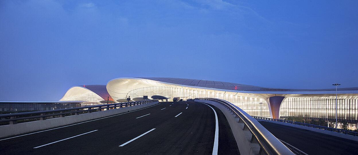 02_ZHA_Beijing Daxing Int Airport_®Hufton+Crow.jpg