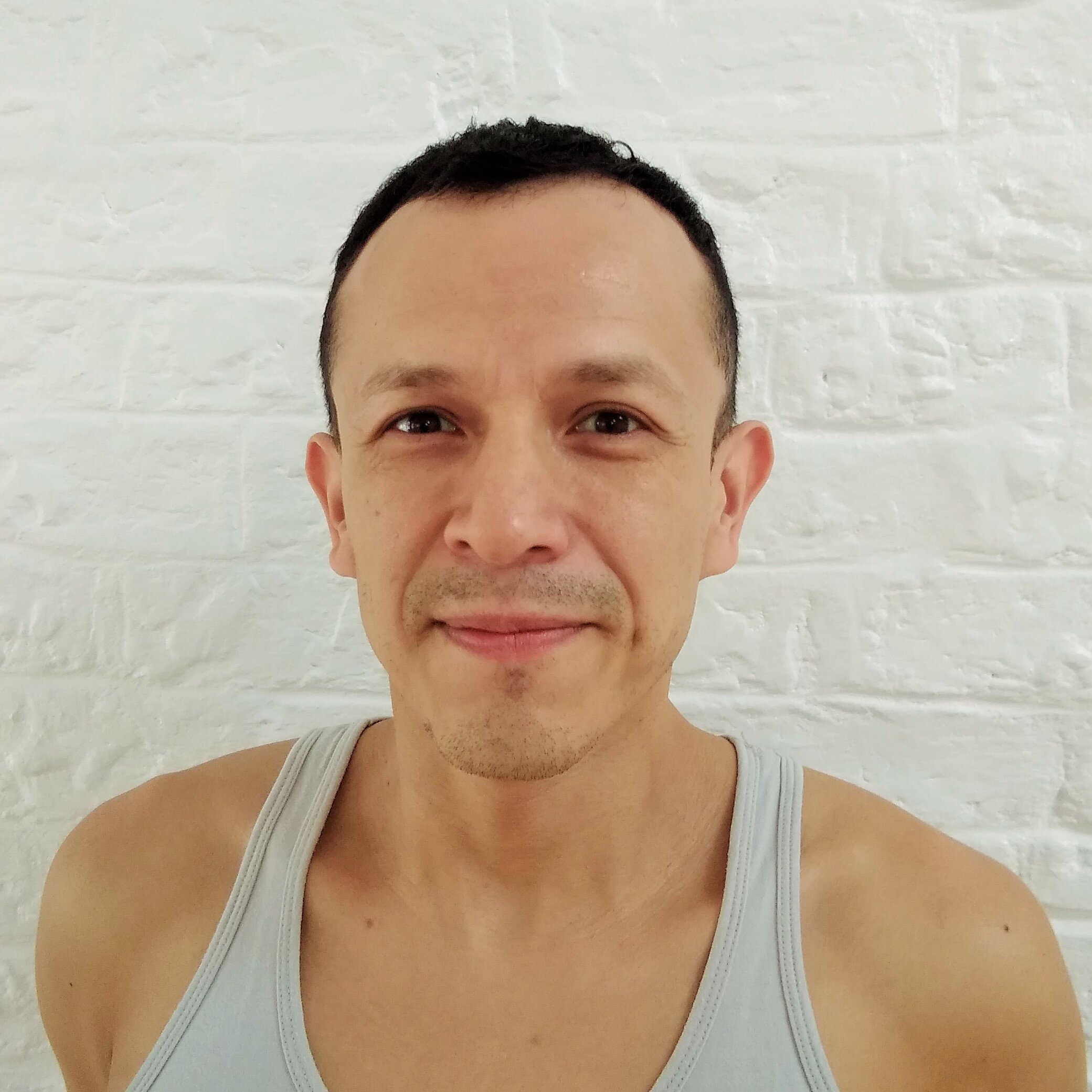 ANTONIO BLANCO   Antonio first encountered Yoga in 1997 in Mexico, and was instantly drawn by the effects of its practice - which differed greatly to what he had previously experienced in competitive sports.  After earning his certification with the British wheel of yoga, Antonio continued to develop his teaching and, with the mentoring of his teacher Alaric Newcombe, he earned his Introductory level 1 and 2 certification in Iyengar yoga in 2018.  Antonio teaches in a lively yet precise and thorough manner, encouraging clarity, and a bit of joy!