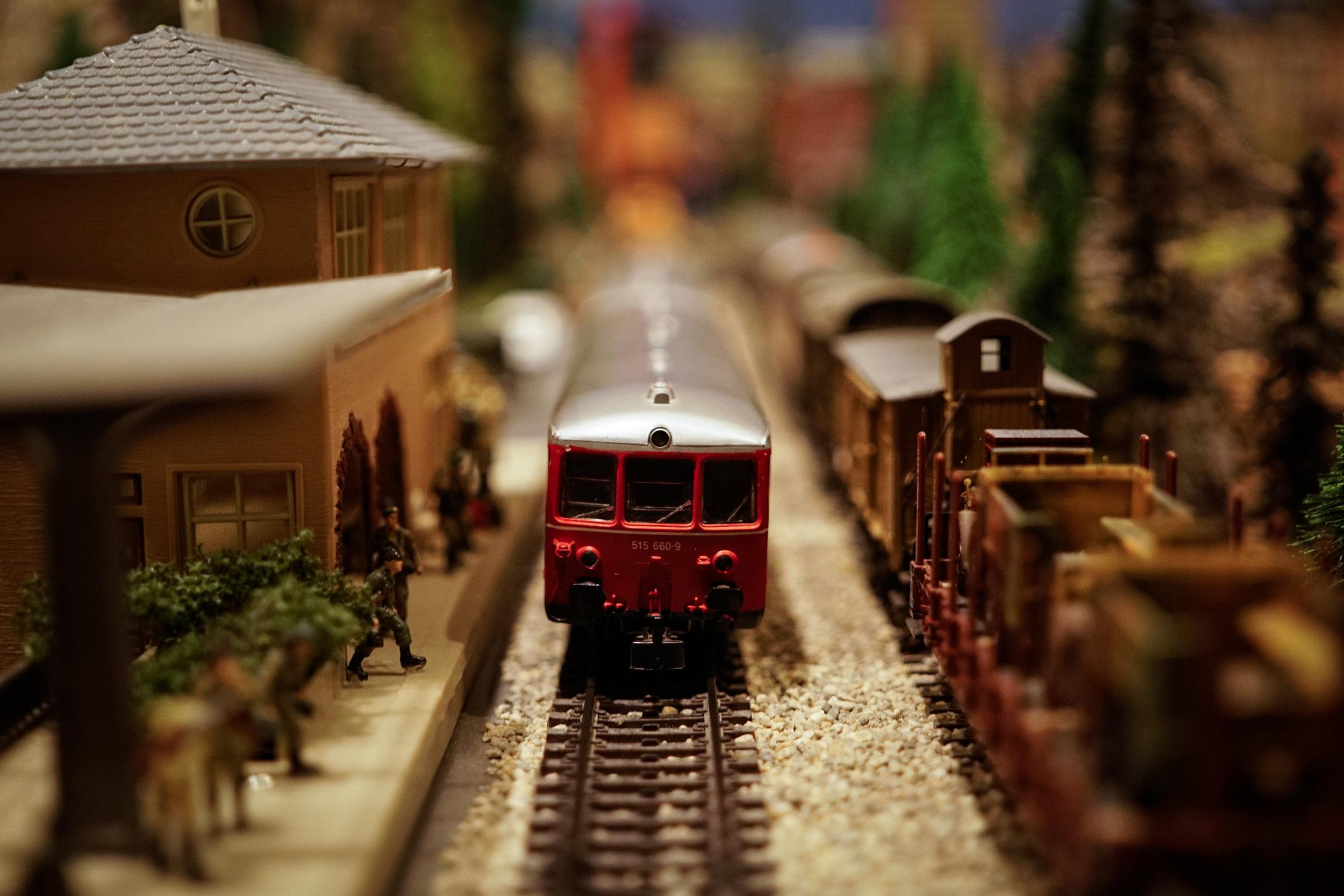 Rail -