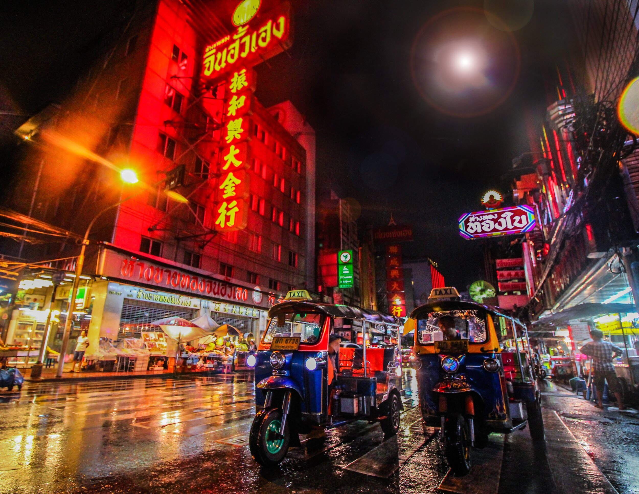 Thailand_florian-wehde--y3sidWvDxg-unsplash.jpg