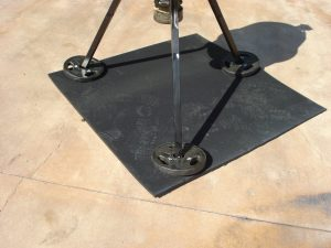 ovocontrol-feeder-secure-rubber-mat2.jpg