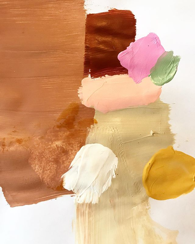 Palette mixing for new commission. Love this part! #customart #bethanymabeeart