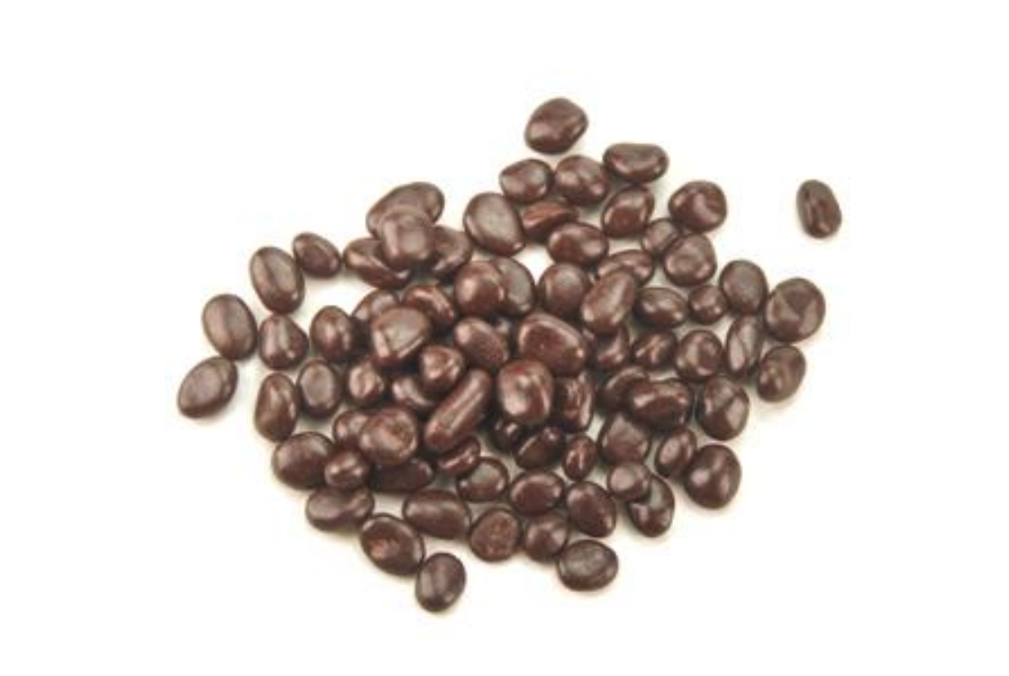 Perles de Vignes - One of the biggest uses of raisin is probably that of General Barca in the 2nd century, thanks to which he managed to cross the Alps with his army. After many centuries of neglect, the master chocolatier Francis Miot decides to create this sweet from raisins macerated in wine and covered with chocolate.