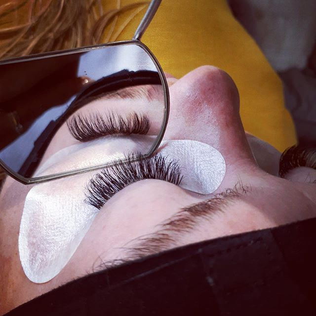 Svs lashes from £50 #svsinfills #svslashes #fluffylashes #wispylashes #volumelashes #doresheffield #lashessheffield
