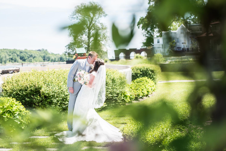 greentree-country-club-wedding-new-rochelle-ct-9.jpg