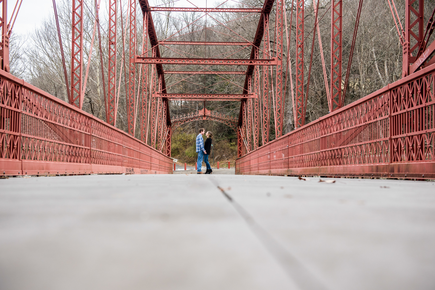 lovers-leap-park-engagement-session-new-milford-ct-1.jpg