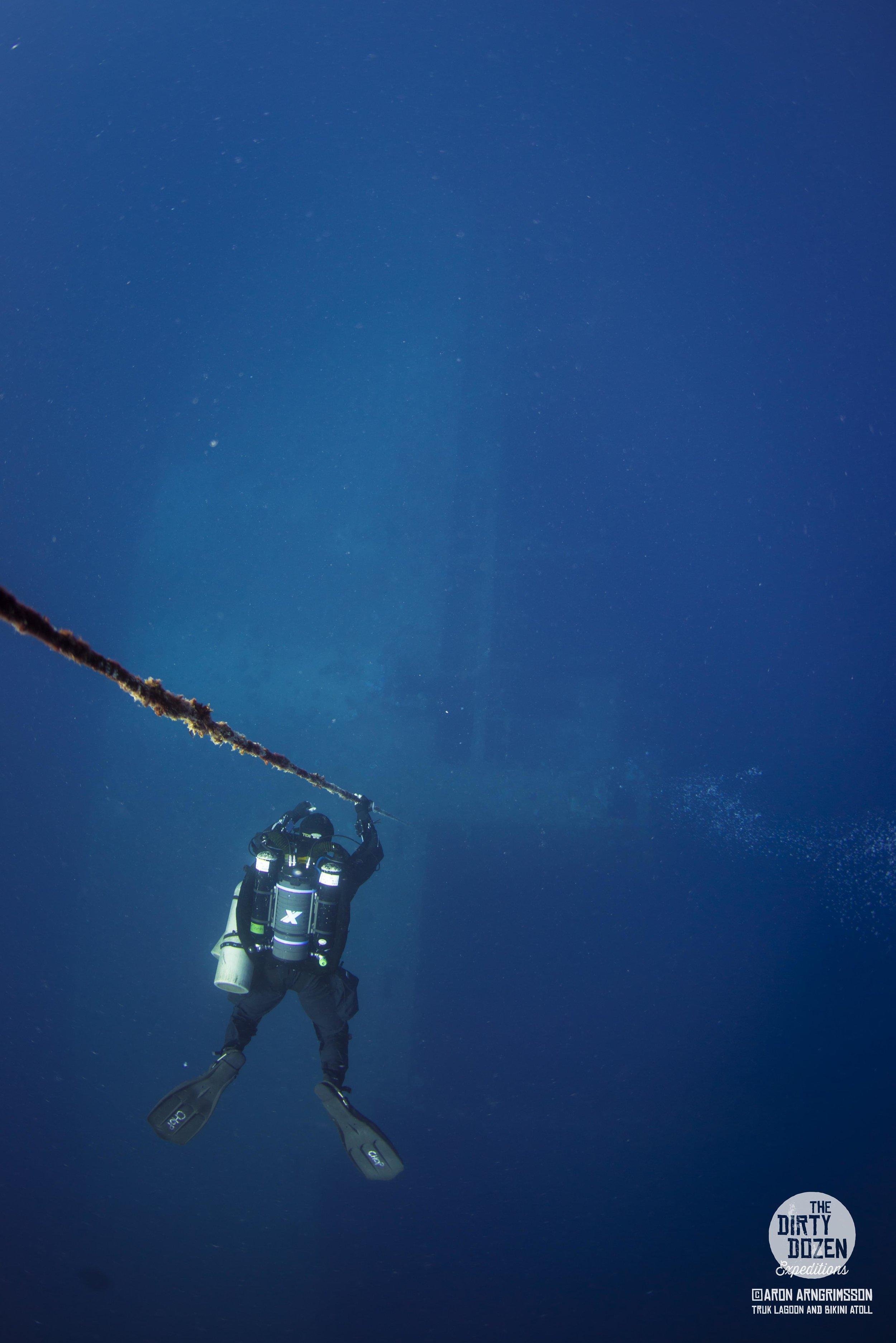 21Momokawa Maru Diver Enjoying View.jpg