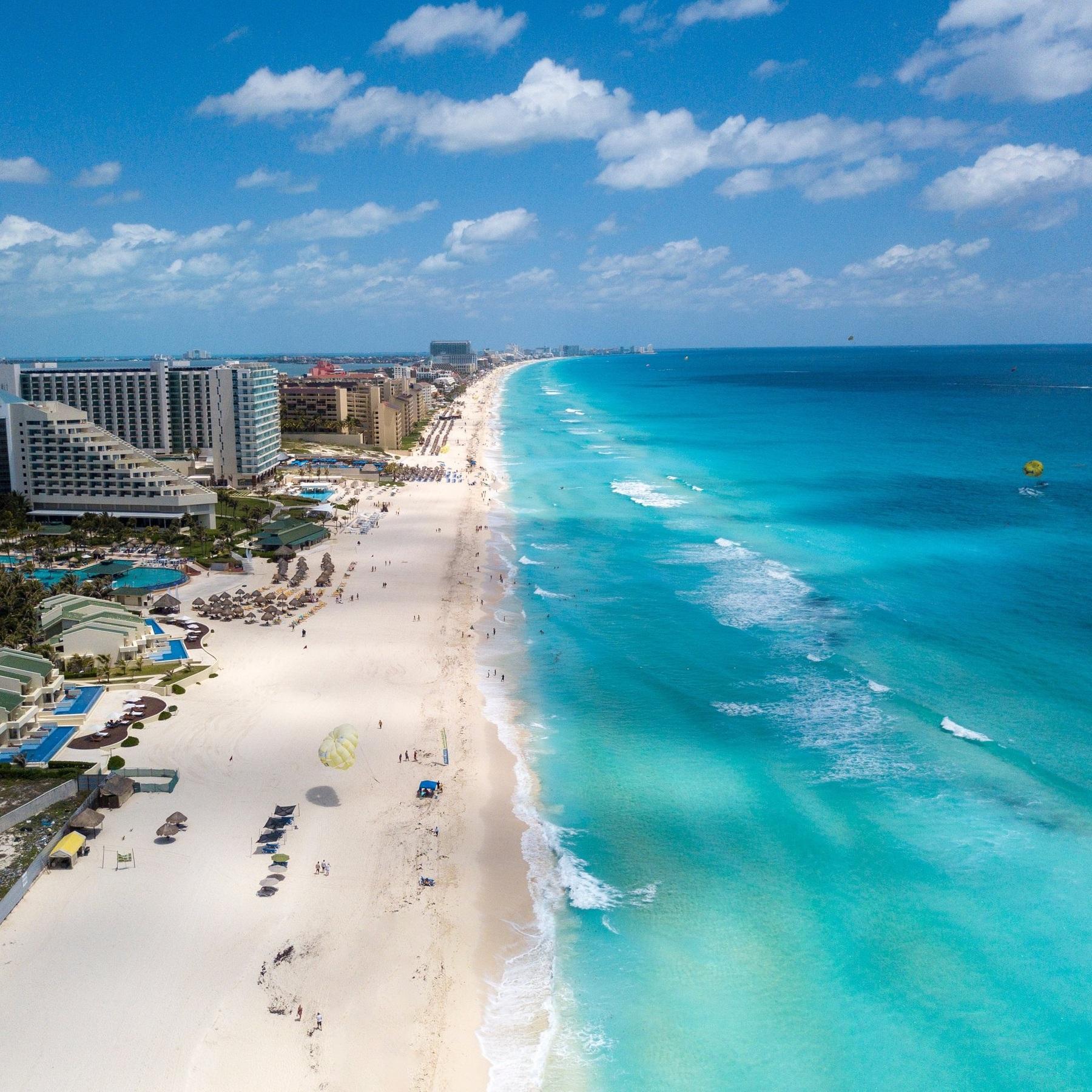 Travel_Testimonial_Cancun_Girls_Getaway.jpg