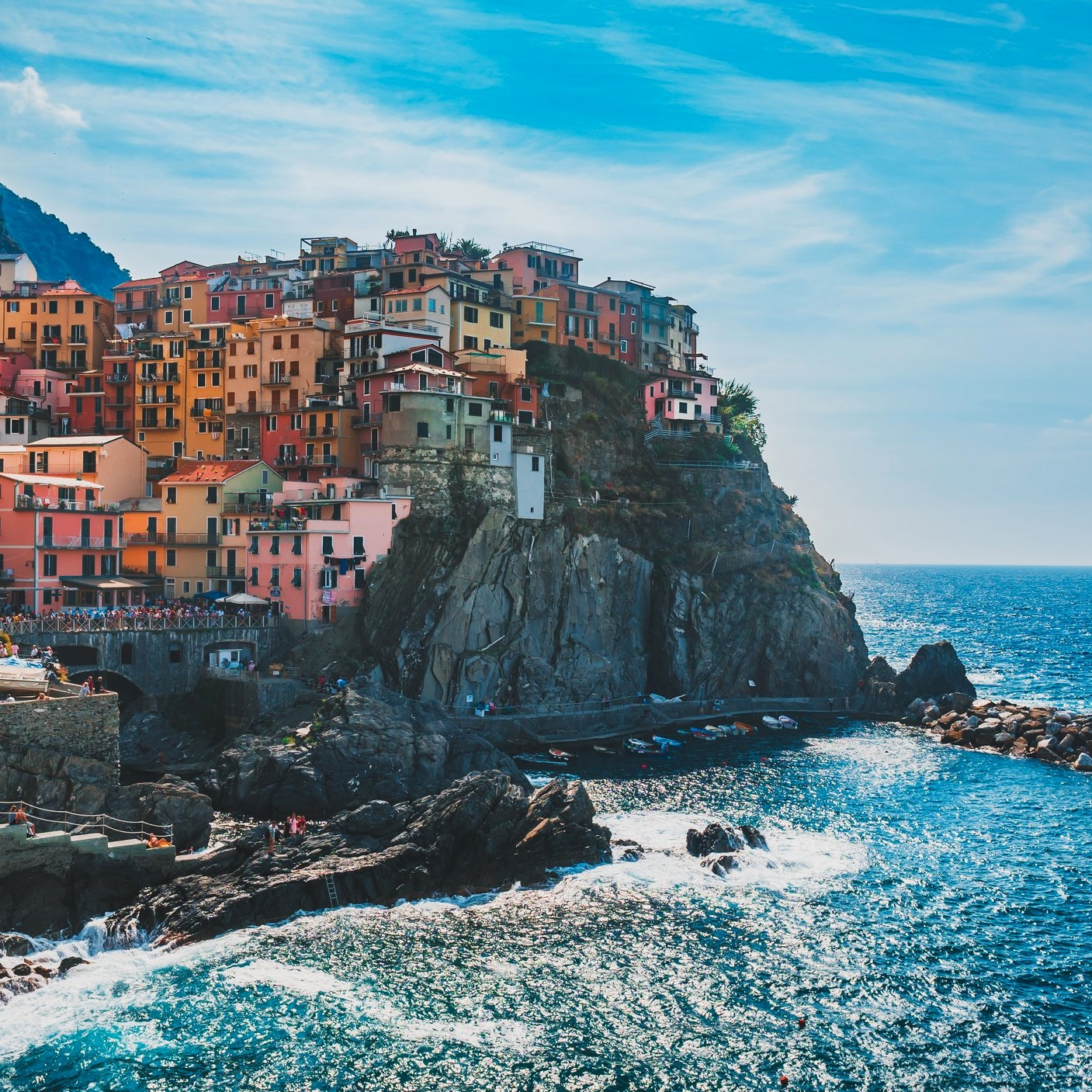 Travel_Testimonials_cinque-terre-city-coast.jpg