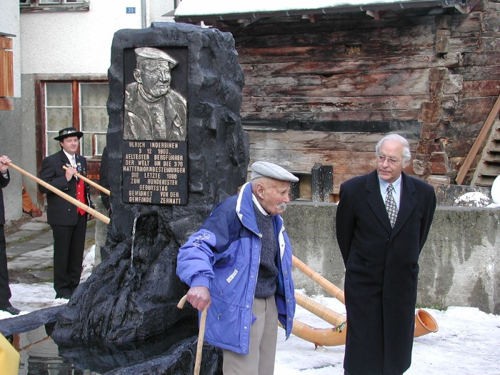 Bergfurher Inderbinen with the President of Switzerland, Arnold Koller, at the dedication of the fountain honoring Uli's 100th birthday in Zermatt in 2000.