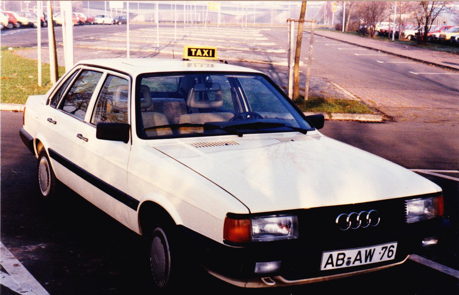 1986 - Die Gründung - 1986 wagte ich dann den Schritt in die Selbstständigkeit und gründete das Unternehmen Taxi Müller. Damit wurde ich der jüngste Taxiunternehmer Aschaffenburgs.Mein erstes eigenes Auto war ein Audi 80