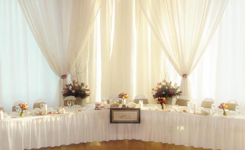 wedding-decor-headtable.png
