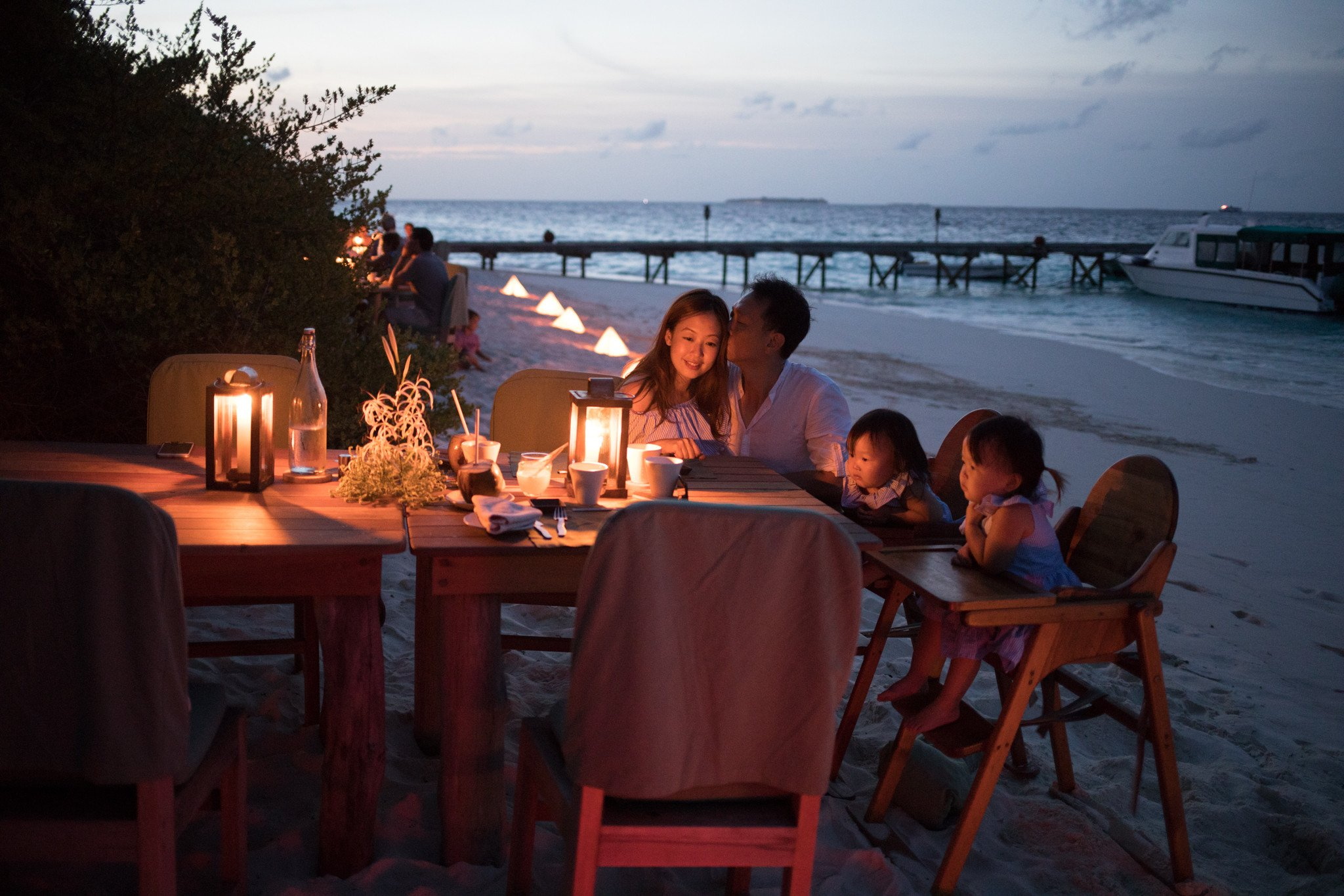 I am a fussy eater and i have to say, every meal here is a delightful gastronomical experience. Fantastic service with different menus and fresh juices everyday. The sunset views, sound of waves lapping the shore and glimmering night sky add to the experience.