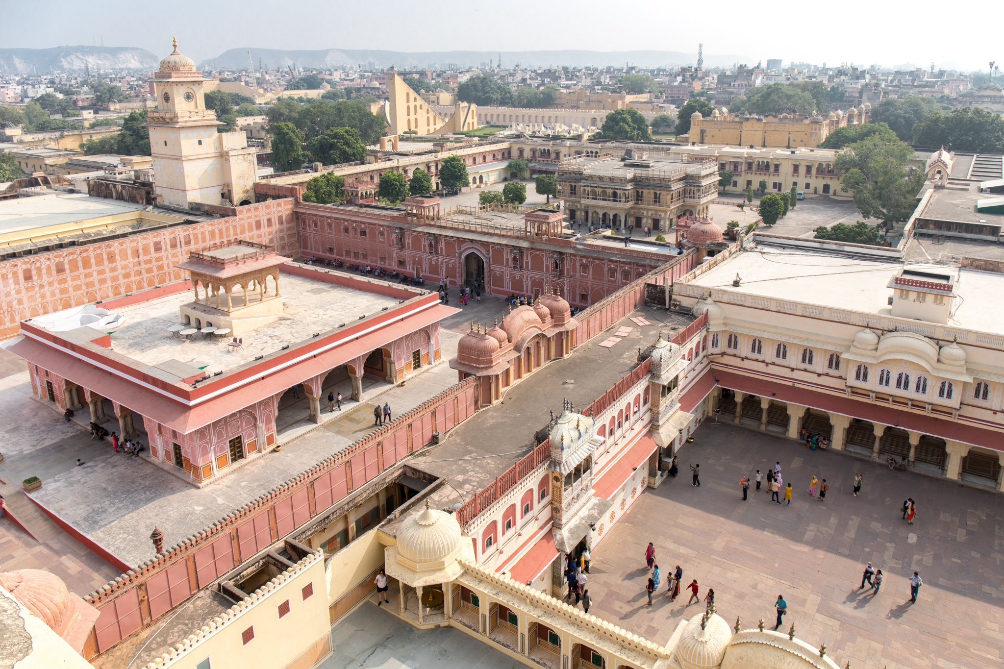 Bird's eye view of the Diwan-i-Khas (left) and the inner courtyard (right)