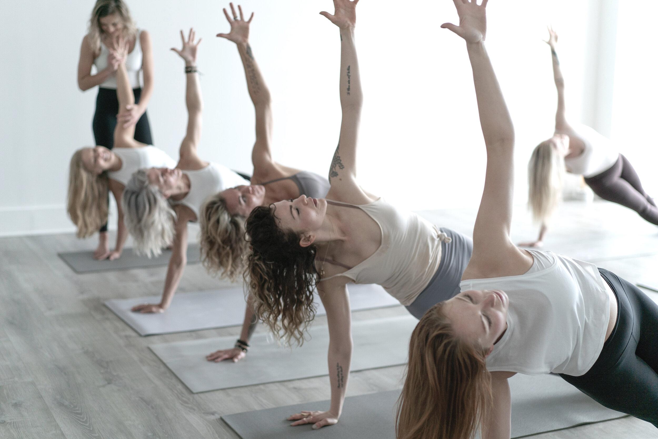 Mommas Yoga-156 (1).jpg