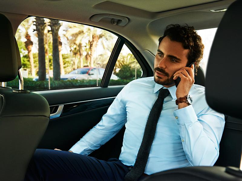 Chauffeur_Drive_04_800x600_tcm233-2164632.jpg