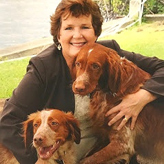 Carrie+and+pups.jpg
