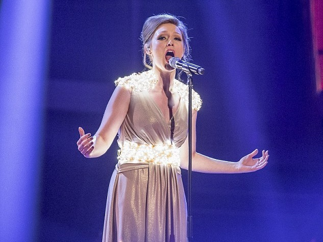 THE VOICE   Bespoke LED costume system / Vicky Gill