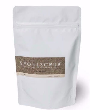 A mineral-rich Himalayan salt body scrub  created with nourishing oils and extracts that deeply hydrate and soften the skin. After first use, a healthy glow is revealed and skin is left smooth, supple and deeply hydrated.  This scrub can double as a relaxing and purifying bath soak that will soothe your muscles and leave your skin luxuriously soft.