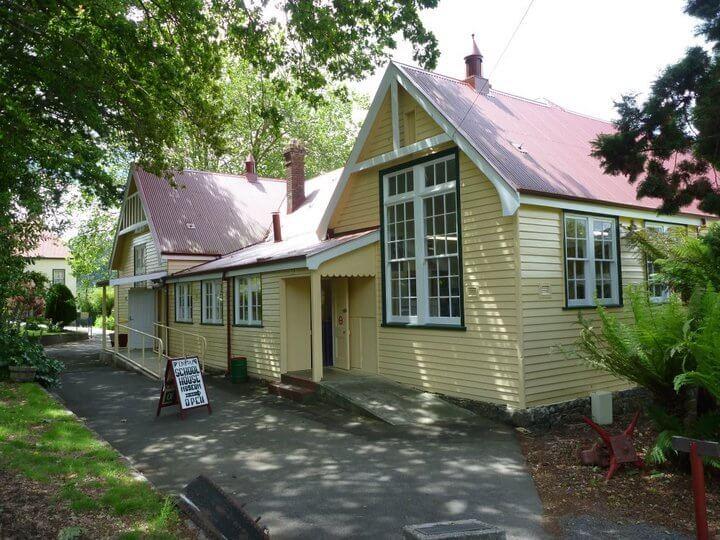 Derby Schoolhouse Museum -