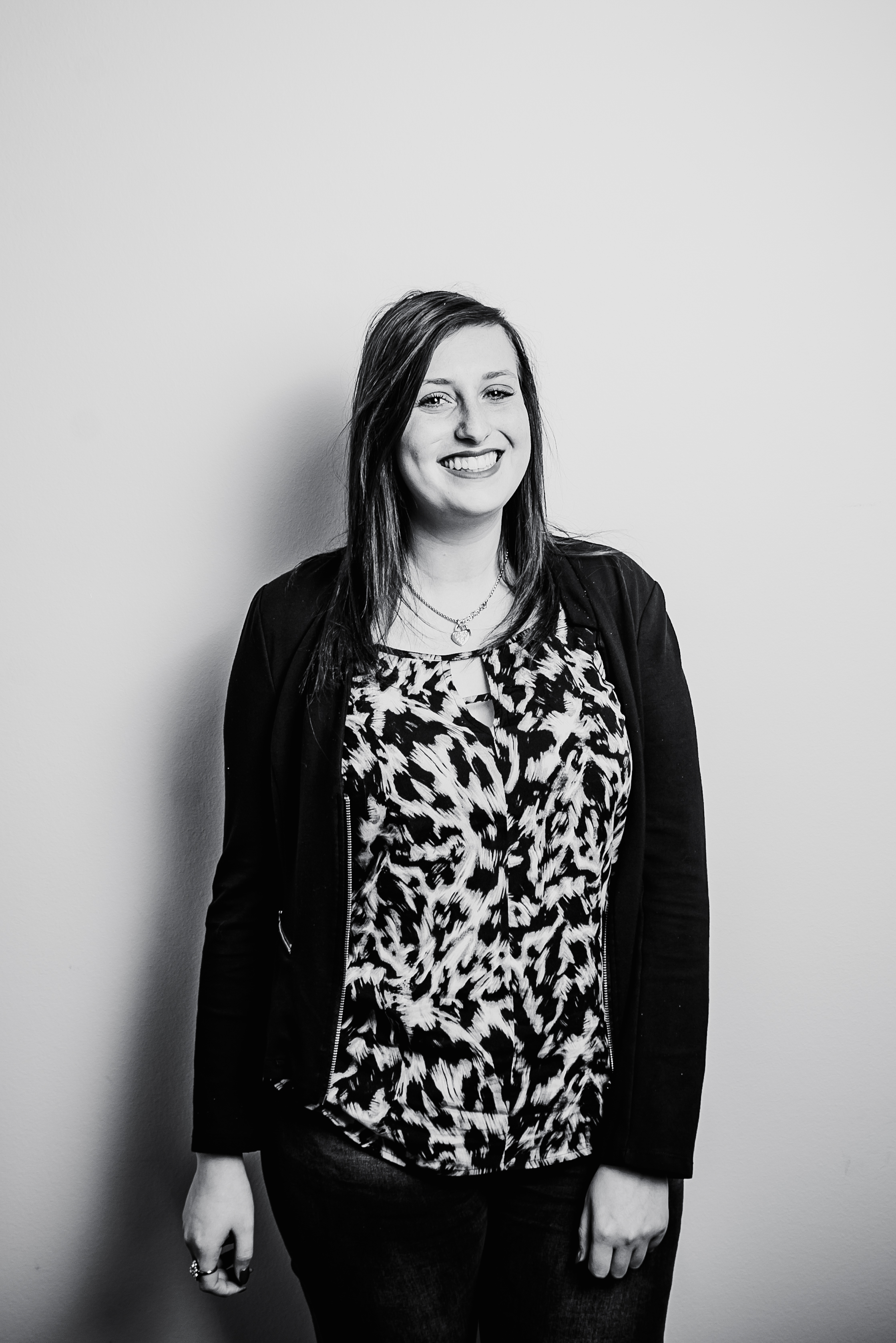 Shannon Van den Borre,   Glocally  .   Student International Business Management   Glocally is an unincorporated association that has global ambition to create and support local (sustainable) projects all over the world.