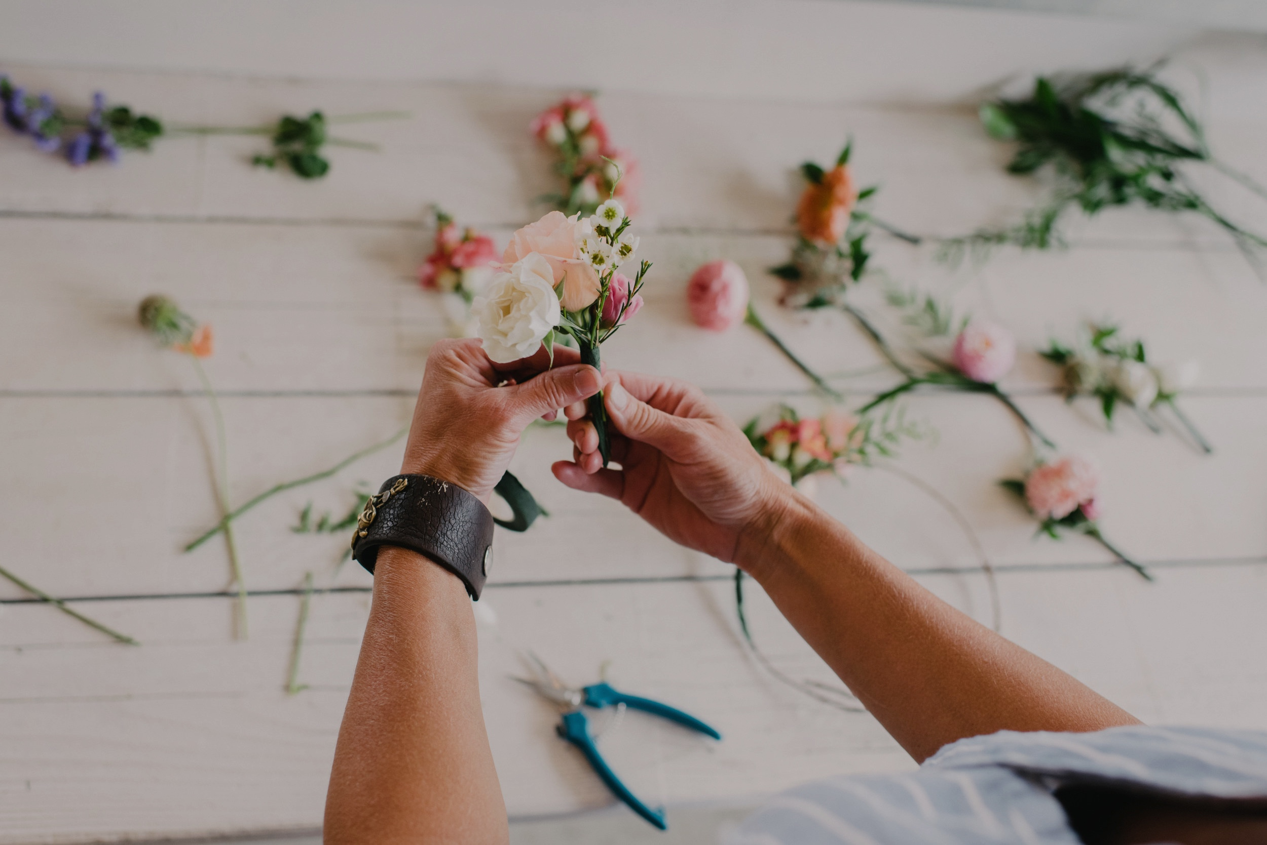 Schedule A Workshop - Be a hands-on floral artist as our farm studio!