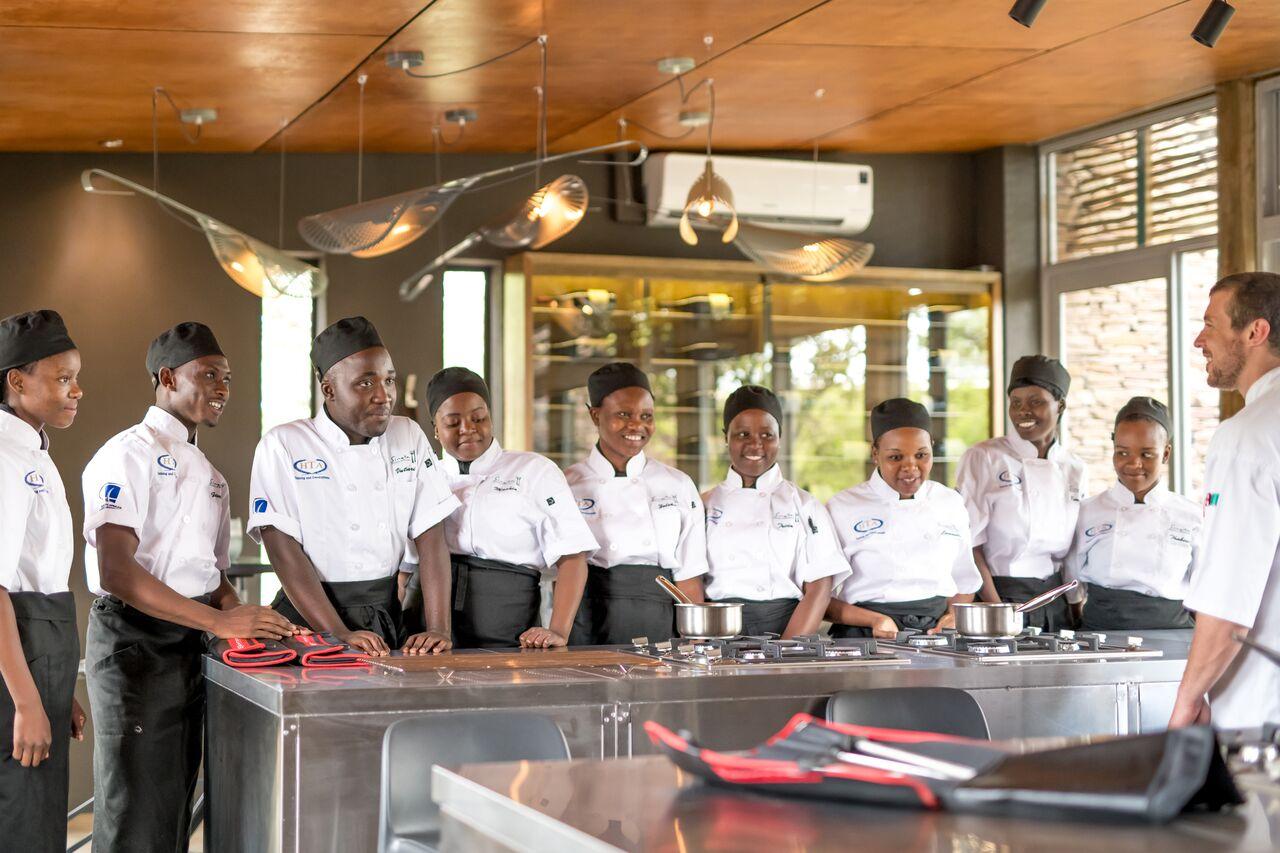 Singita School of Cooking-14_preview.jpeg