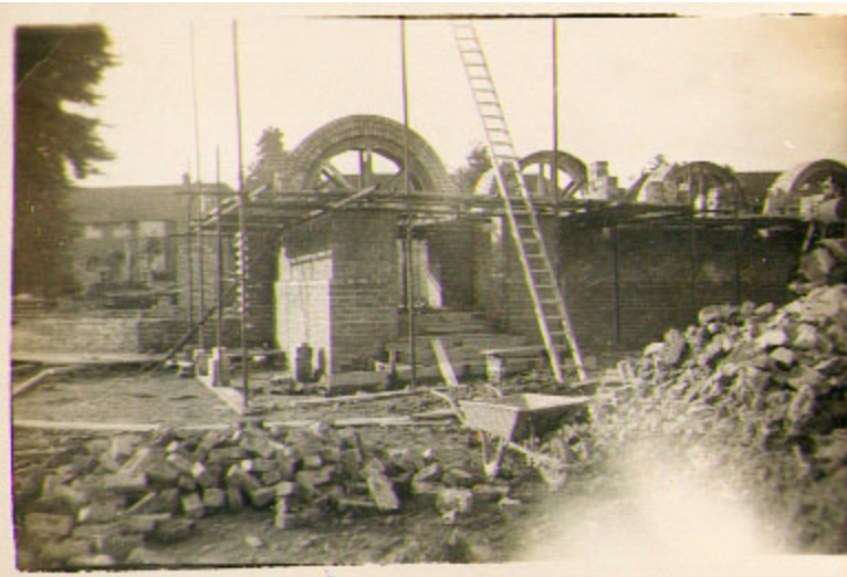The construction of the church, 1940