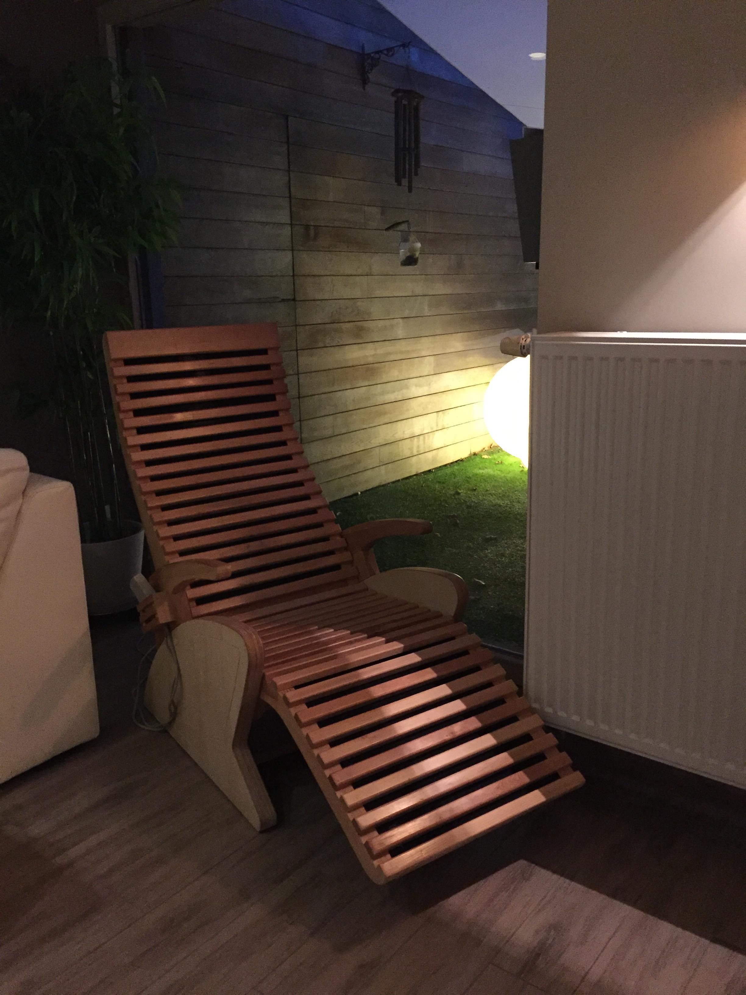 Infrarood relax - Een ware weldaad voor je spieren…Infrarood is een dieptewarmteVoelt minder warm aan dan de sauna maar is daarom niet minder effectief.Goed voor stijve, stramme spieren, Fibromyalgie, artrose, bloeddoorstroming, herstel na sporten,…..