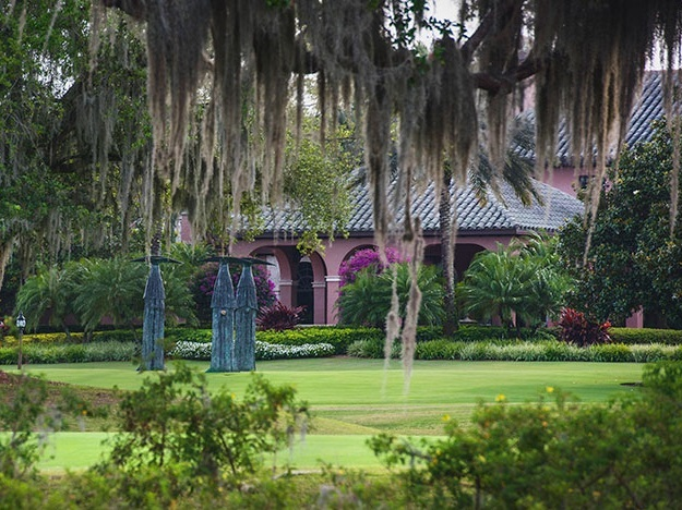 AMENITIES - Purposefully built, Isleworth presents an amenities offering with something for everyone, centered around the 89,000-square-foot Mediterranean-style Clubhouse and staff of more than 200 providing an extraordinary level of service to all members.