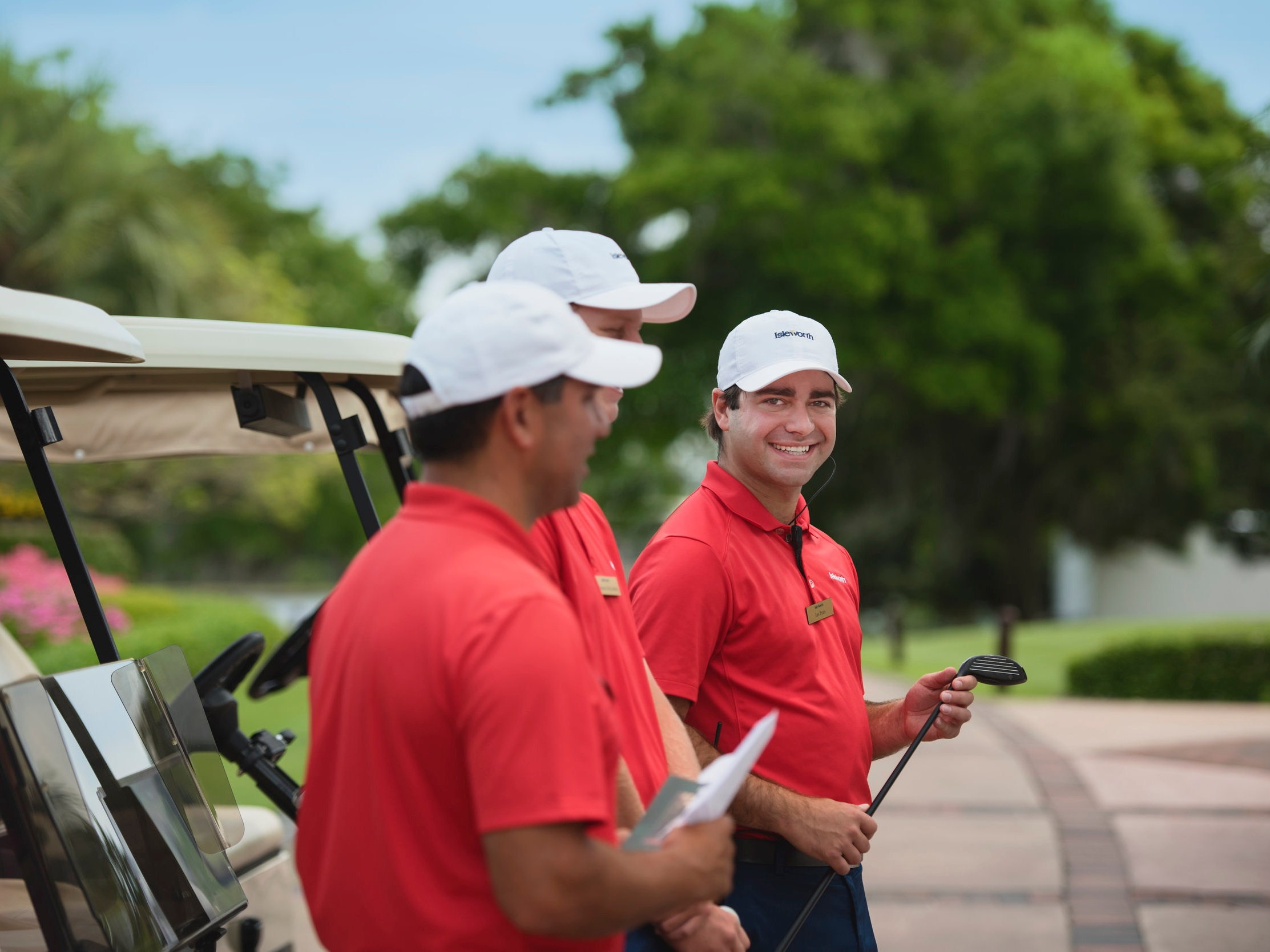 GOLF - Home to one of the most iconic golf courses in the country, Isleworth boasts a championship course complemented by world-class practice facilities.