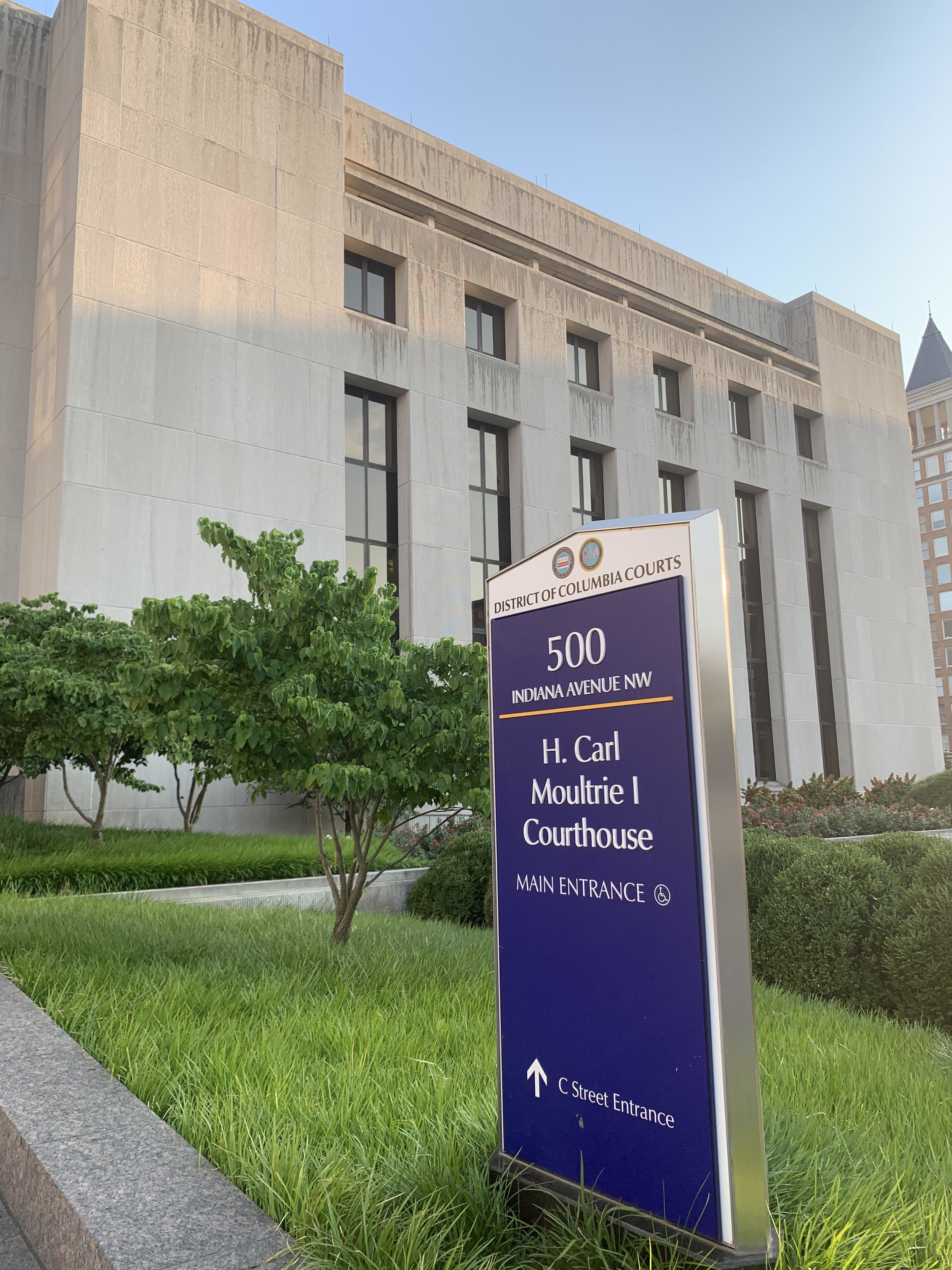 The outside of the District's H. Carl Moultrie Courthouse. (Credit: The Lab @ DC)