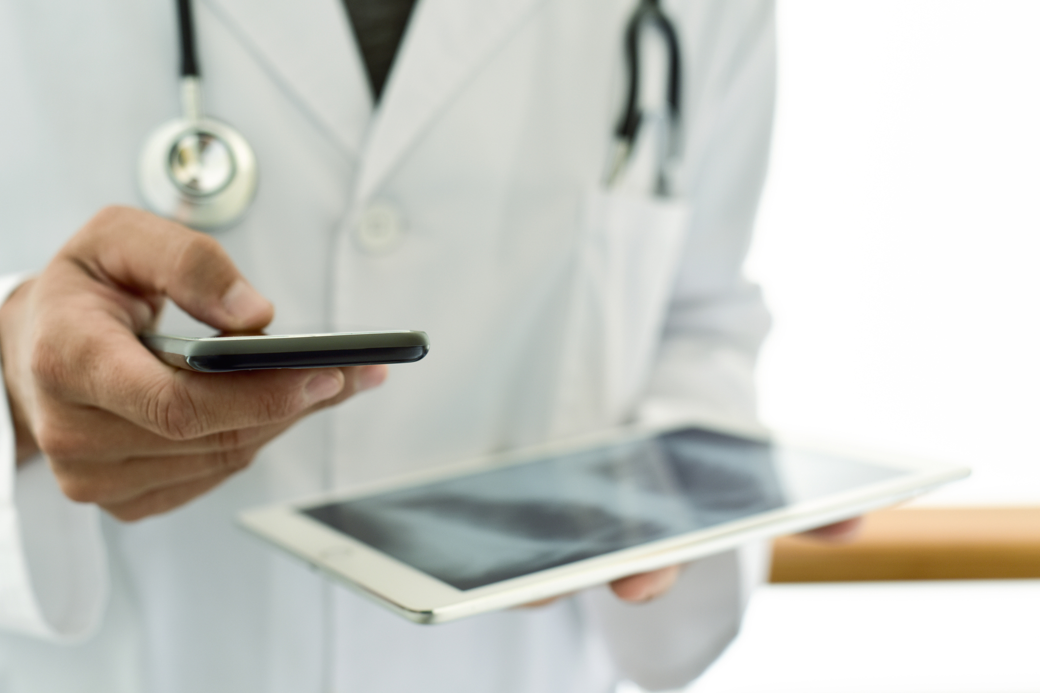 COMMUNICATION WITH PATIENT's PRIMARY PHYSICIAN - Communication with patient's primary physician for treatment options and medication management