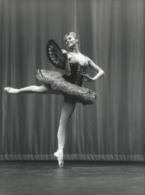 Valentina+in+Don+Q+at+Bolshoi-1.png