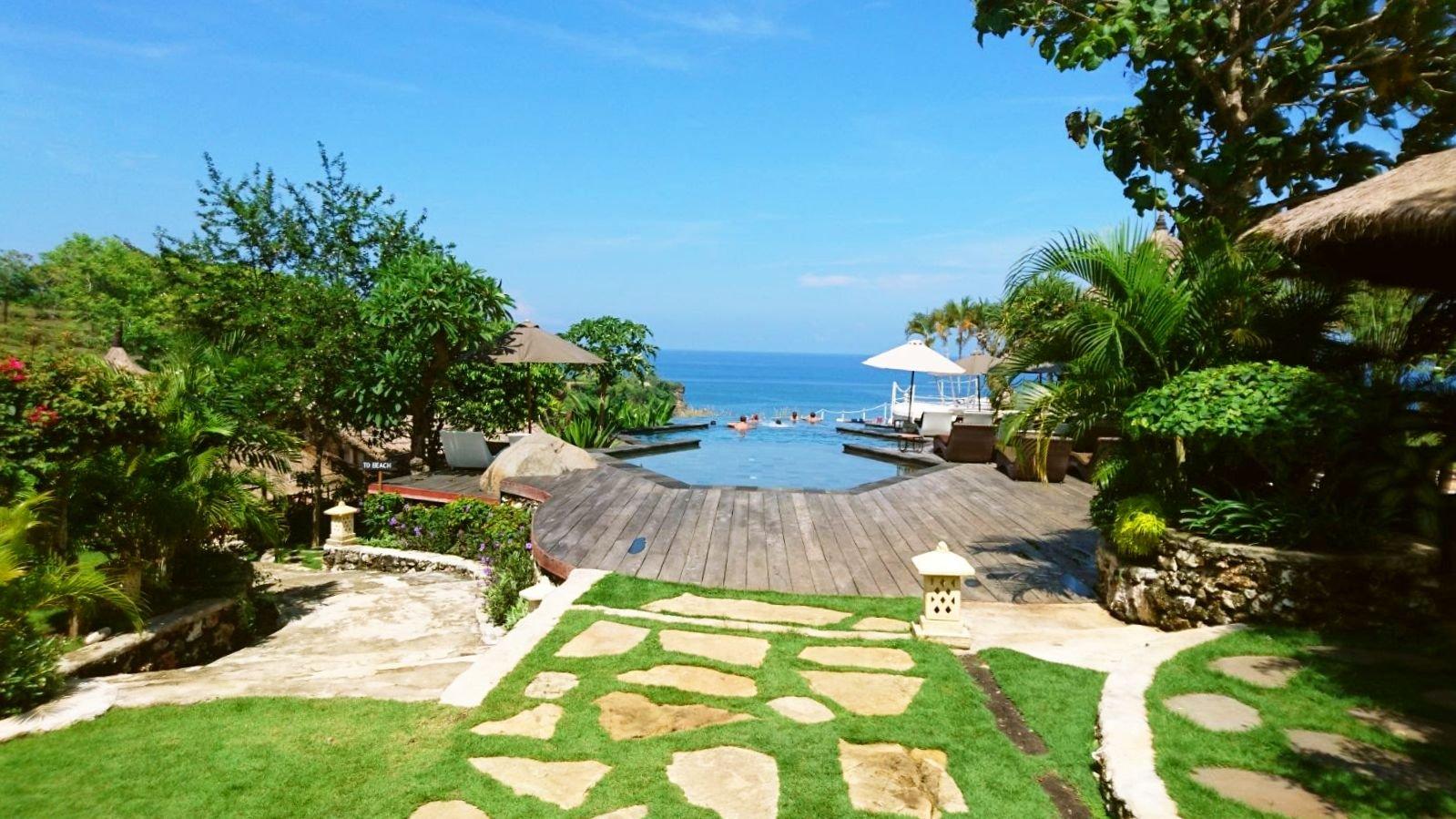 Serious paradise at La Joya resort