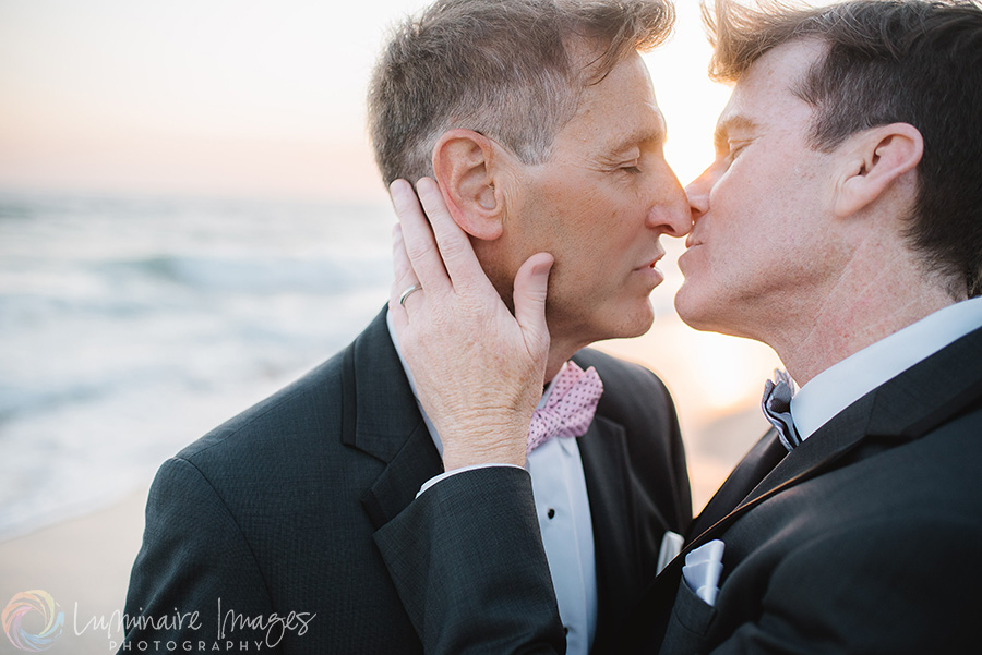romantic-gay-wedding-photography.jpg